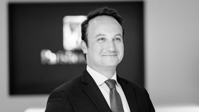 Associé de Dac Beachcroft France, Vladimir Rostan d'Ancezune est l'un des 30 avocats du barreau d'affaires édition 2019 sélectionné pour incarner la relève.