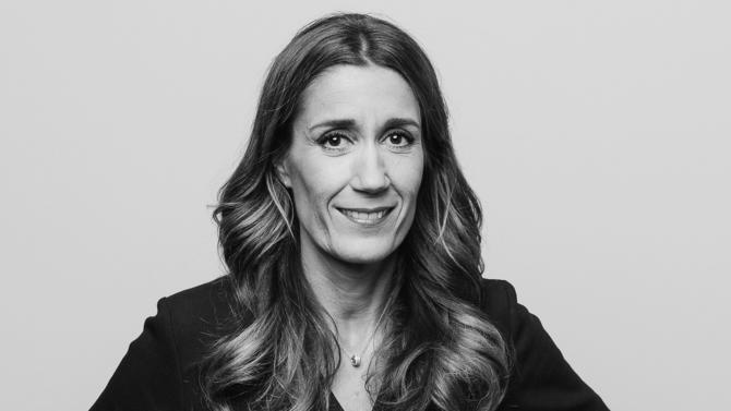 Co-fondatrice du cabinet Acacia Legal, Amélie Lièvre-Gravereaux est l'une des 30 avocat.e.s du barreau d'affaires édition 2019 sélectionnée pour incarner la relève.