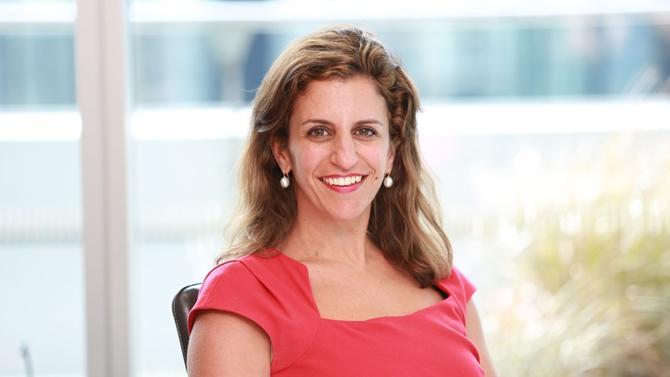Associée chez Clyde & Co et dirigeante de l'arbitrage à Paris, Nadia Darwazeh fait partie des étoiles montantes du barreau d'affaires.