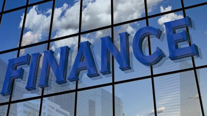 Dans la lignée des études de la CASS Business School au Royaume-Uni et de l'IREBS en Allemagne, l'IEIF et PwC ont dévoilé la première analyse sur le financement de l'immobilier des professionnels en France. Décideurs vous en livre les principaux enseignements.