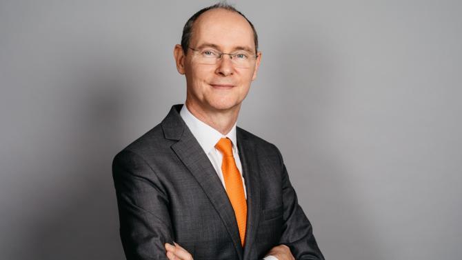 NN Investment Partners, filiale du premier assureur hollandais NN Group, place l'investissement responsable au cœur de ses convictions. Philippe Fidaire, le directeur général de NN IP France, donne sa vision sur le Label Greenfin et ses impacts auprès des investisseurs et des épargnants.