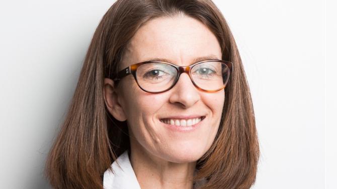 À la tête de la pratique finance, projets et restructuring du cabinet DLA Piper à Paris, Maud Manon axe son activité sur le LBO en financement d'acquisition depuis une vingtaine d'années avec une double expertise. Présente dans les opérations mid et upper-mid cap du marché français, elle a récemment été le conseil du fonds Eurazeo.