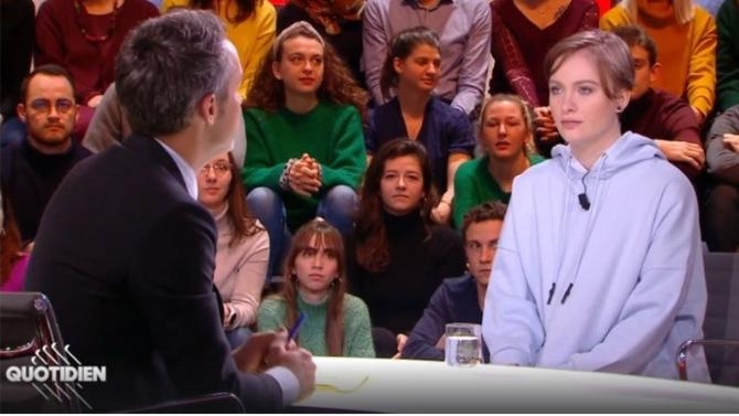 Responsables politiques, intellectuels, universitaires, féministes… La gauche n'a pas brillé par son soutien à la jeune lycéenne menacée de mort pour avoir critiqué l'islam. Les raisons de ce mutisme sont multiples. Et peu reluisantes.