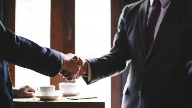 Les évolutions sociétales, réglementaires et financières redessinent les contours du métier  de conseiller en gestion de patrimoine, dont l'avenir dépendra de sa capacité à valoriser  le conseil délivré. Un état des lieux s'impose.