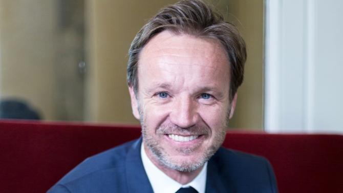 Ancien conseiller en gestion de patrimoine, Cédric Roussel, député LREM, défend la politique fiscale menée par  Emmanuel Macron. Rencontre.
