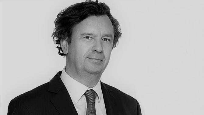 Asafo & Co poursuit son développement grâce à l'arrivée d'un associé fiscaliste en provenance d'Arsene : Arnaud de Brosses.