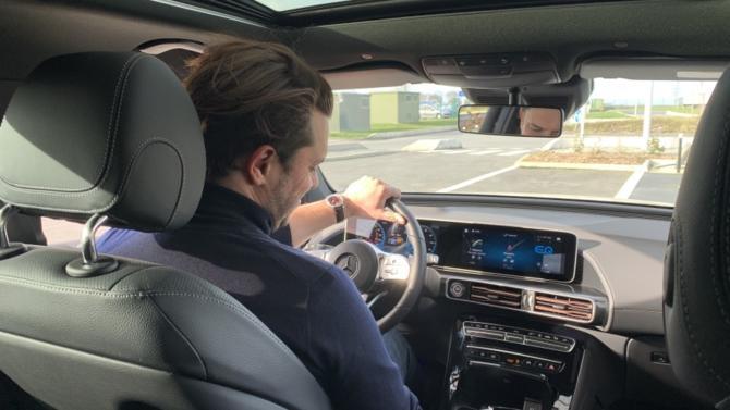 Écologique, élégant, puissant, ce SUV électrique premium avait tous les atouts pour se faire apprécier de Vincent Coquet, directeur marketing et commercial d'Oris France, marque horlogère suisse de référence.