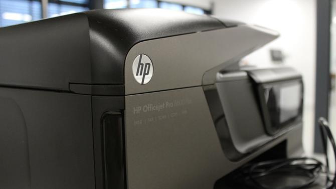 Sous l'impulsion de fonds activistes, le fabricant américain de photocopieuses Xerox tente de mettre la main sur son compatriote HP. Après plusieurs mois passés à lui faire la cour, sans succès, l'OPA hostile reste le seul moyen pour Xerox d'arriver à ses fins. HP, en position de force, s'oppose à cette opération sans pour autant rejeter l'idée d'un éventuel mariage. Retour sur un jeu de séduction de plusieurs mois.
