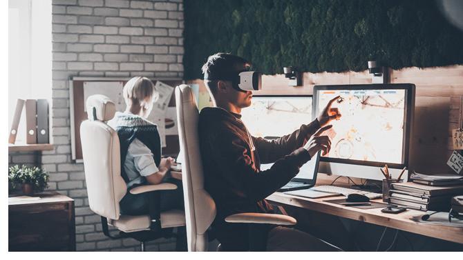 Alors que beaucoup d'entre nous travaillent maintenant à plein temps depuis leur domicile, d'autres attendent avec impatience de retrouver leur emploi/leur routine. Comment la formation en entreprise est-elle affectée et quel rôle joue-t-elle pour préparer le « monde d'après » ?