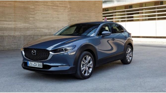 Une esthétique minimaliste, un confort optimisé, des performances  à la hauteur et des options premium… Le dernier-né des SUV Mazda a bien des atouts.