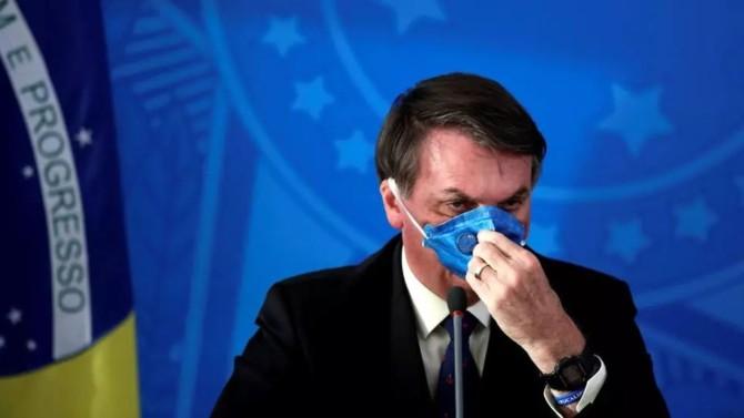 Le Brésil est le pays du monde où le virus progresse le plus rapidement depuis quelques jours. Pas de quoi alarmer son président qui continue à combattre le confinement et à parler de grippette.