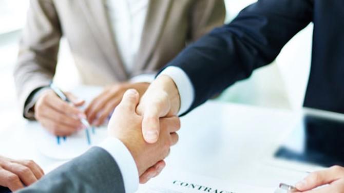 Pour faire face à la crise du coronavirus, la famille du droit se mobilise en créant un nouveau processus de règlement des difficultés dans les relations commerciales. Un nouvel outil de conciliation qui vient au soutien des entreprises.