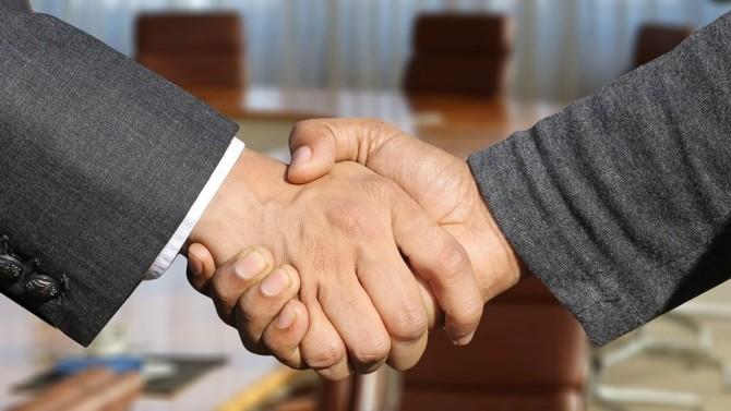 L'agence de communication des professions juridiques Eliott & Markus ouvre son capital au conseil en stratégie Bignon de Keyser, offrant ainsi un service étendu aux cabinets d'avocats, d'expertise comptable et études de notaires.