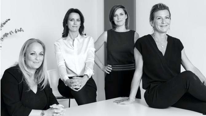 Marie-Laure Bizeau, Valence Borgia, Caroline Duclercq et Delphine Pujos fondent Medici Avocats, une nouvelle boutique dédiée au contentieux des affaires et à l'arbitrage tant commercial que d'investissement.