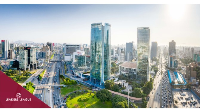 Peru continues to see a rise in Covid-19 cases, and will have one of the world's longest lockdowns, which will have a devastating effect on its economy, despite having taken early and strict measures to contain the spread of the virus.