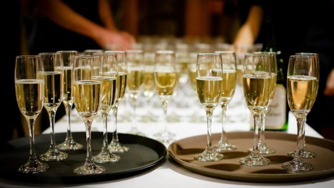 Près de 10 ans après avoir cédé sa branche champagne, Rémy Cointreau veut revenir sur ce segment de marché en rachetant J. de Telmont. Une entreprise familiale au fort potentiel de croissance, notamment internationale, qui s'inscrit parfaitement dans la stratégie de Rémy Cointreau.