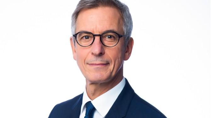 Présent en France depuis plus de vingt ans, QBE est l'un des leaders mondiaux de l'assurance et de la réassurance. Renaud de Pressigny, son directeur général, revient sur le positionnement de l'assureur australien dans l'Hexagone et sur ses ambitions. Il nous livre également les leçons à tirer de la profonde crise à laquelle le monde entier est confronté.