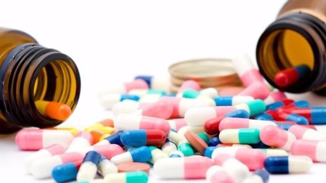 La crise sanitaire a mis en lumière forces et faiblesses de la production pharmaceutique mondiale. Les appels, légitimes, à sa relocalisation en France et en Europe ont été entendus par le gouvernement.