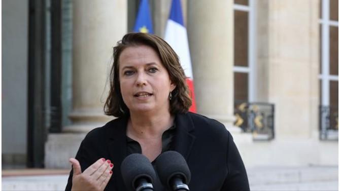 Emmanuel Macron a proposé le nom de Claire Hédon comme nouvelle tête du défenseur des droits. La nomination de la journaliste et militante engagée doit encore être approuvée par l'Assemblée nationale et le Sénat.
