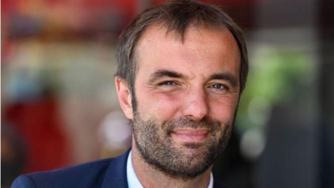 Montpellier, septième commune la plus peuplée de l'Hexagone, repasse sous le contrôle du PS. Son nouvel édile ne compte pas transiger avec les valeurs traditionnelles du parti de Jean Jaurès.