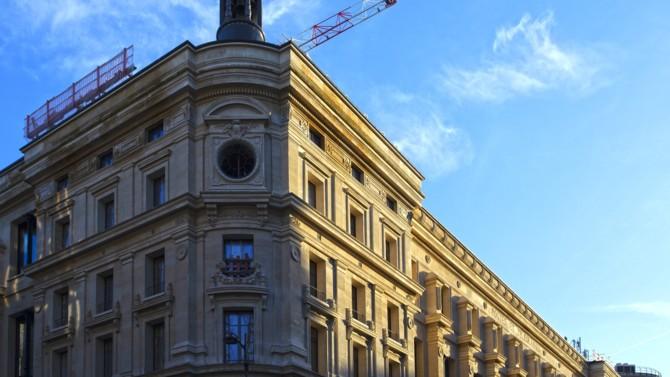 La Poste immo, en coopération avec Bouygues Construction, est sur le point d'achever la transformation du bâtiment historique uni fonctionnel datant de 1878. Revue des travaux.