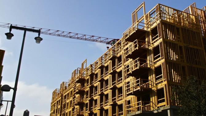 Malgré un semestre marqué par l'épidémie de Covid-19 et les mesures de confinement, le marché du crowdfunding immobilier a poursuivi sa croissance avec des montants de collecte et de remboursement en forte hausse. Explications.