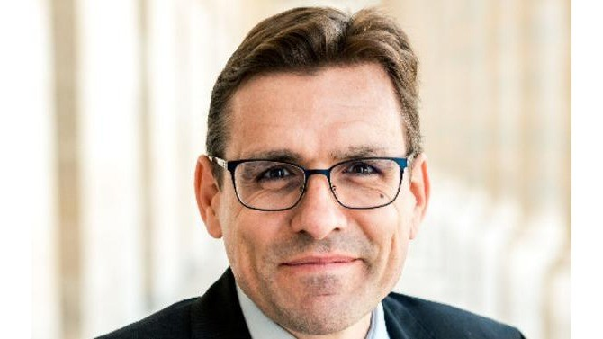 Entre digitalisation, pilotage du risque client et gestion des talents, Vincent Placier, Directeur administratif et financier de Quadient France (anciennement Neopost), revient sur son rôle de DAF au cœur de la crise sanitaire et imagine la direction financière de demain.