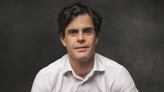 Guilherme Benchimol, 43 ans, fondateur et PDG de XP Inc., a révolutionné le paysage financier brésilien, en aidant de petits investisseurs et des personnes ordinaires à investir en Bourse, démocratisant ainsi l'accès aux marchés financiers du pays.