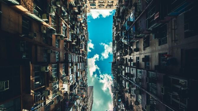 Allianz qui acquiert deux immeubles dans Citylights pour 500 M€, La Française Real Estate Managers qui se dote d'une nouvelle organisation, Méka Brunel qui prend la présidence de l'EPRA, l'Etat qui vole au secours des transports franciliens… Décideurs vous propose une synthèse des actualités immobilières et urbaines du 9 septembre 2020.