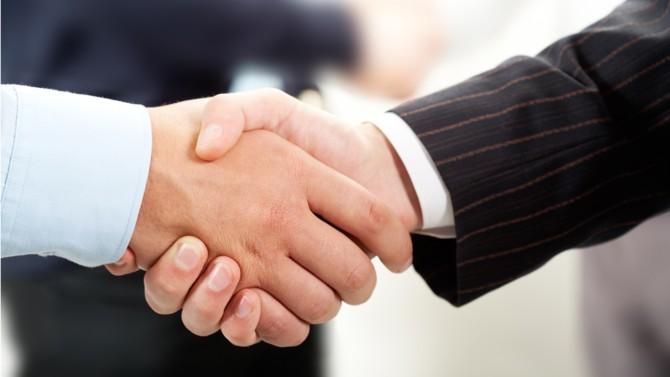 Le géant français du droit était en litige avec le réseau d'audit KPMG qui avait recruté plus d'une centaine de ses avocats afin d'ouvrir sa branche juridique en janvier 2019. Un accord a finalement été trouvé.