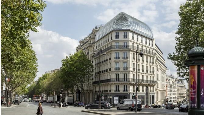 La banque Lazard s'installe au 173-175 boulevard Haussmann. Le bâtiment hybride mêlant héritage du 19ème siècle et confort moderne a été adapté au monde de la finance et à ses exigences. Visite guidée des locaux.