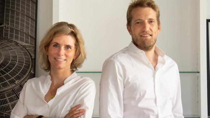 Après une première acquisition dans les Hauts-de-Seine, White Bird vient de racheter le cabinet Gite Immo. Une stratégie de croissance express pour la start-up lancée au début de l'année avec l'ambition de revisiter le métier d'administrateur de biens. Ses cofondateurs Delphine Merle et Benoît Richard dévoilent leur recette.