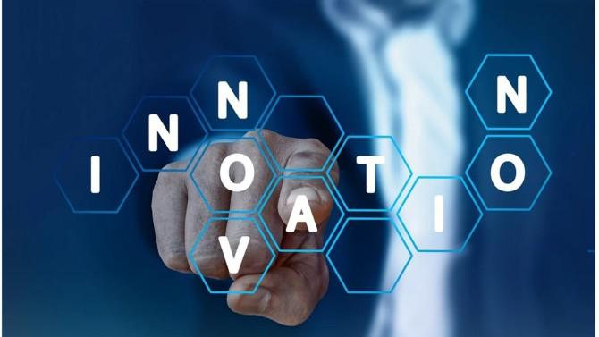 L'année 2019 et le début de l'année 2020 auront été riches en innovations pour le marché de la legaltech. Attentifs aux attentes de leurs utilisateurs, les acteurs de ce secteur peaufinent leurs outils et multiplient les partenariats. La crise sanitaire aura pour sa part accéléré la digitalisation du monde du droit et permis à certaines opérations de se concrétiser plus tôt que prévu.