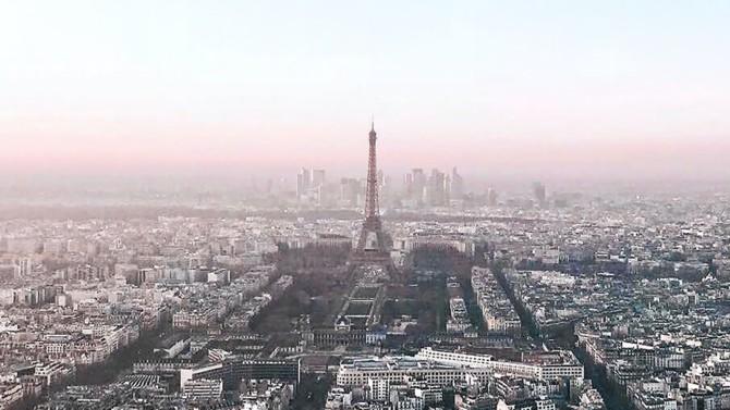 Après avoir déjà investi 2,5 milliards d'euros depuis 2018 dans le financement du Grand Paris, Société Générale persiste et signe avec une nouvelle enveloppe de 3 milliards d'euros à distribuer d'ici les Jeux Olympiques en 2024. Explications avec Eric Groven, sponsor du Grand Paris pour le groupe bancaire.