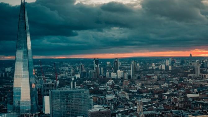 Fondée fin 2017, WeMaintain lance son internationalisation. La start-up française spécialisée dans la maintenance des ascenseurs vient ainsi d'ouvrir un bureau à Londres. Un marché particulièrement porteur. Explications.