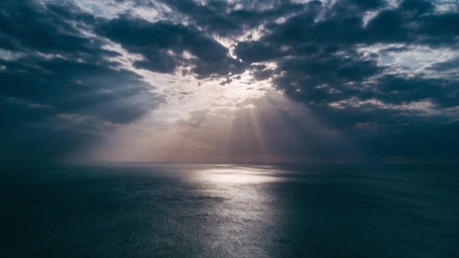 """Dans son  rapport publié en 2017, « L'économie de la mer en 2030 », l'OCDE avertissait ses membres de l'importance de conserver la biodiversité marine et la qualité des eaux. L'organisation publie un nouveau document intitulé  """"Sustainable Ocean for All -  Harnessing the Benefits of Sustainable Ocean Economies for Developing Countries"""". Décryptage."""
