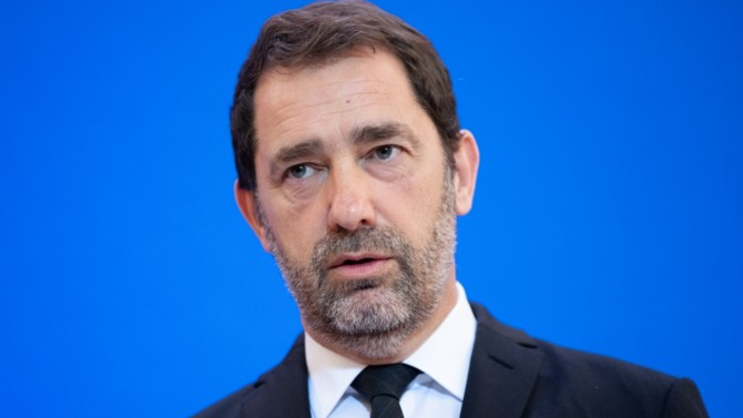 La traversée du désert aura été de courte durée pour l'ancien ministre de l'Intérieur qui succède à Gilles Le Gendre à la tête du groupe LREM à l'Assemblée nationale. Retour sur une élection réussie et sur les défis qui l'attendent.