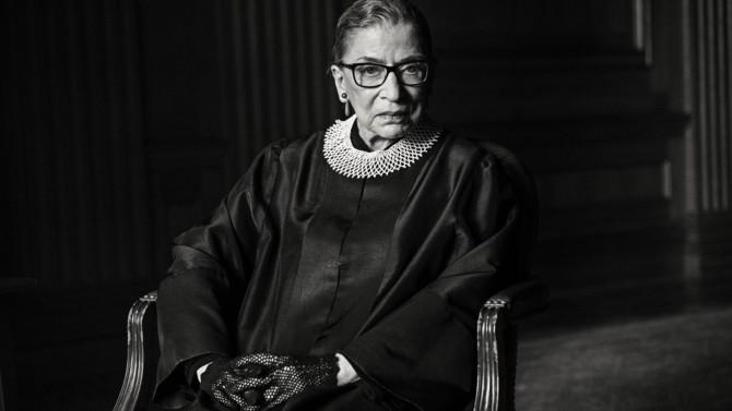 """""""Notorious RBG"""", qui s'est éteinte à 87 ans, était une icône libérale et une voix puissante, même dans les opinions contestataires. Le décès de la juge de la Cour suprême soulève un certain nombre de questions sur l'équilibre à venir de l'institution"""