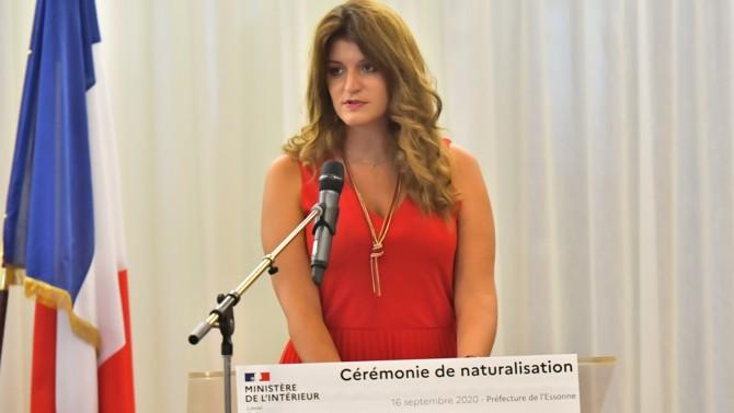 """Dans un entretien exclusif accordé à Décideurs, la ministre déléguée à la Citoyenneté revient sur le médiatique projet de loi contre le séparatisme. Selon elle, il doit être accompagné d'un """"combat culturel"""" tant sur le terrain que dans les médias."""