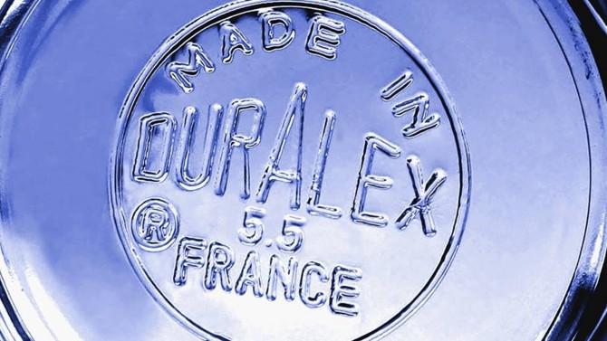 Le célèbre fabricant de verres de cantine voit 250 emplois menacés après sa mise en redressement judiciaire par le tribunal de commerce d'Orléans.