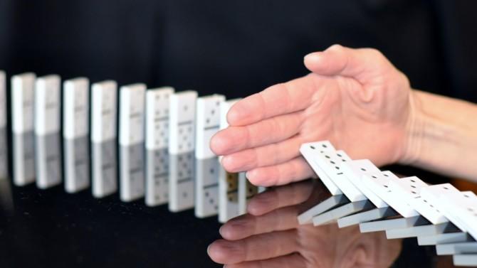 Trois ans après la publication de ses premières recommandations pour prévenir la corruption, l'Agence française anticorruption ouvre une consultation publique pour les acteurs privés comme publics.