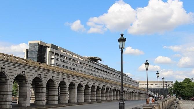 BPI France Entreprises 1 est un nouveau fonds de fonds permettant aux particuliers d'investir dans 1 500 entreprises non cotées et principalement françaises.