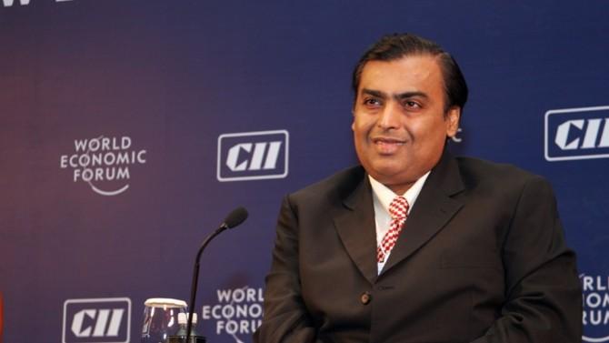Les Indiens aiment à dire que partout où se pose leur regard, Mukesh Ambani est présent. C'est peut-être vrai tant son conglomérat Reliance Industries est diversifié.