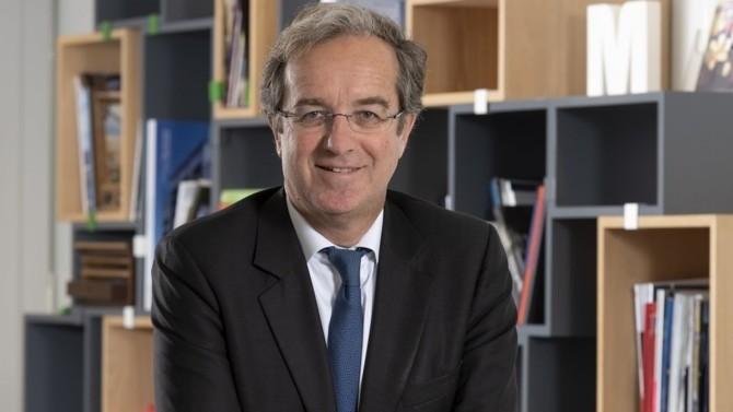 Après avoir travaillé pour BNP Paribas Real Estate, CBRE et Cushman & Wakefield, Antoine Derville rejoint le conseil Colliers International pour succéder à Gilles Betthaeuser. Retour sur son parcours et décryptage de sa feuille de route.