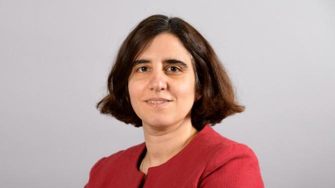 Alors que l'Etat souhaite réformer Action Logement, Nadia Bouyer vient de succéder à Bruno Arbouet à la direction générale du groupe. Gros plan sur son parcours.