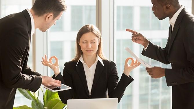 Alors qu'un numéro vert vient d'être mis en place pour venir en aide aux salariés en détresse psychologique, le dernier Baromètre Empreinte Humaine-Opinion Way invite les entreprises à s'emparer vraiment et concrètement du sujet.
