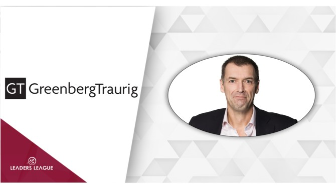 Formerly head of real estate at NautaDutilh, David van Dijk is a legal legend in the Dutch commercial property market.