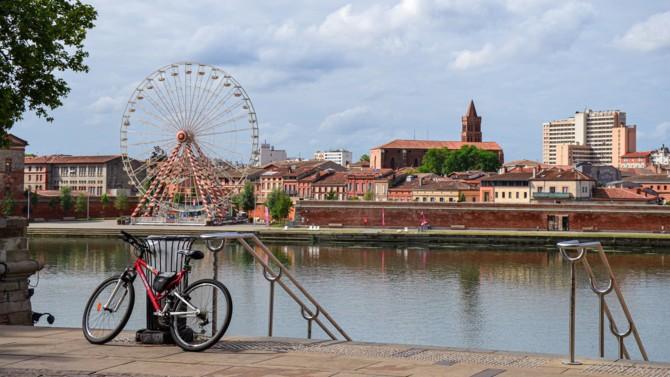 La crise sanitaire va-t-elle casser la dynamique de Toulouse ? Non selon Jean-Claude Dardelet. Le PDG de l'agence d'attractivité de Toulouse Métropole expose les atouts qui doivent permettre à la ville rose de poursuivre son développement.