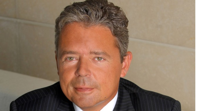 L'un des pères fondateurs du droit pénal des affaires à la tête de son propre cabinet, Bougartchev Moyne & Associés, est un des 30 avocates et avocats du dossier L'Elite 2020.
