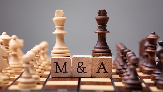 Le groupe américain S&P Global, fournisseur de données financières, annonce ce lundi 30 novembre l'acquisition de son concurrent britannique, IHS Markit, pour 44 milliards de dollars. Ce qui en fait une des opérations de fusions les plus importantes de l'année.